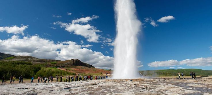 Luxury Iceland holidays, Iceland northern lights tours and short breaks to Iceland with Abercrombie & Kent