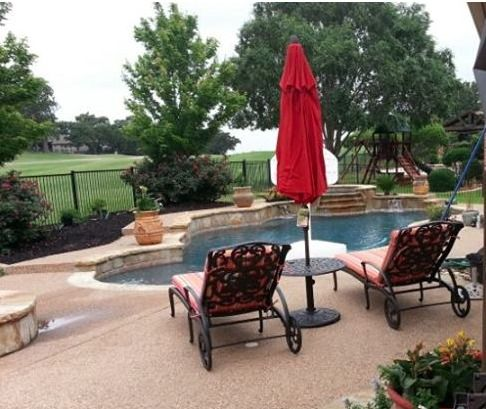 Grandview Chaise Lounge Chairs With Chateau Umbrella Side