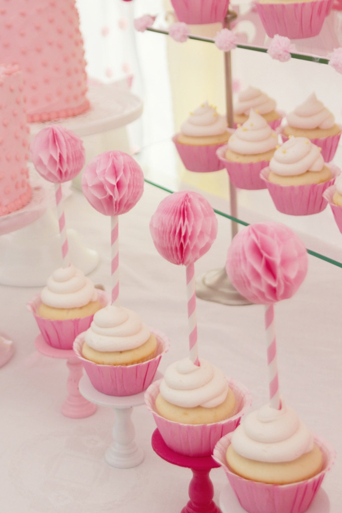 pink party cakes