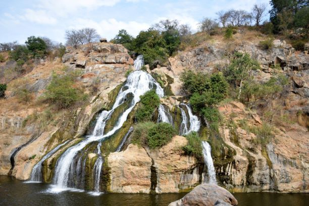 Best Places To Visit For One Day Trip From Bangalore Day Trips From Bangalore Cool Places To Visit One Day Trip