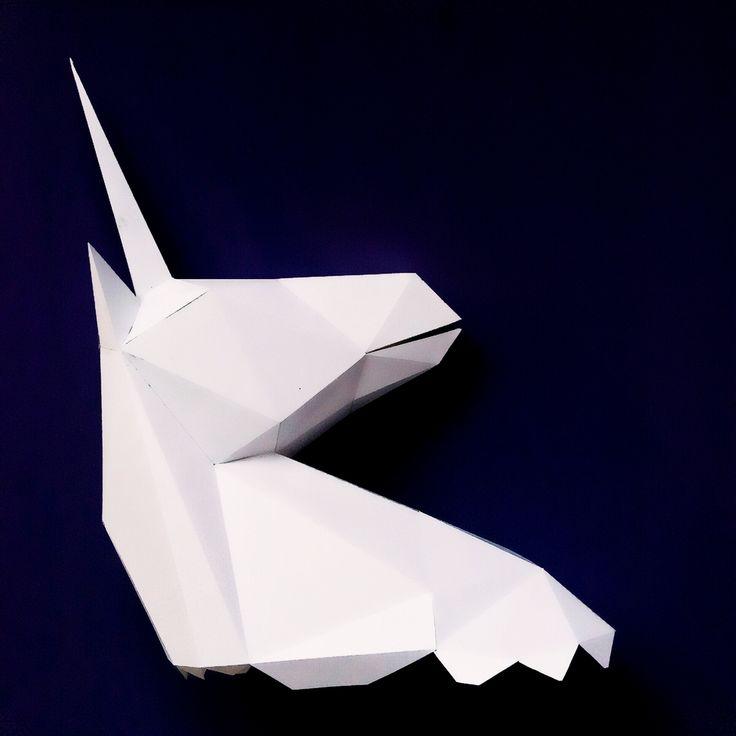 Для склеивания и вырезания нам понадобится несколько вещей: единорог из бумаги Плотная бумага. Я печатала на бумаге для черчения. Она плотная и на ней довольно хорошо печатать. Вы можете использовать так же и картон (лучше не глянцевый), либо &