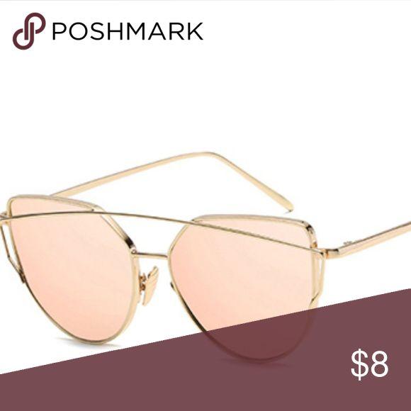 ** COMING SOON ** Womens Sunglasses Brandneu, nie benutzt. Großartig für jede Jahreszeit. P …