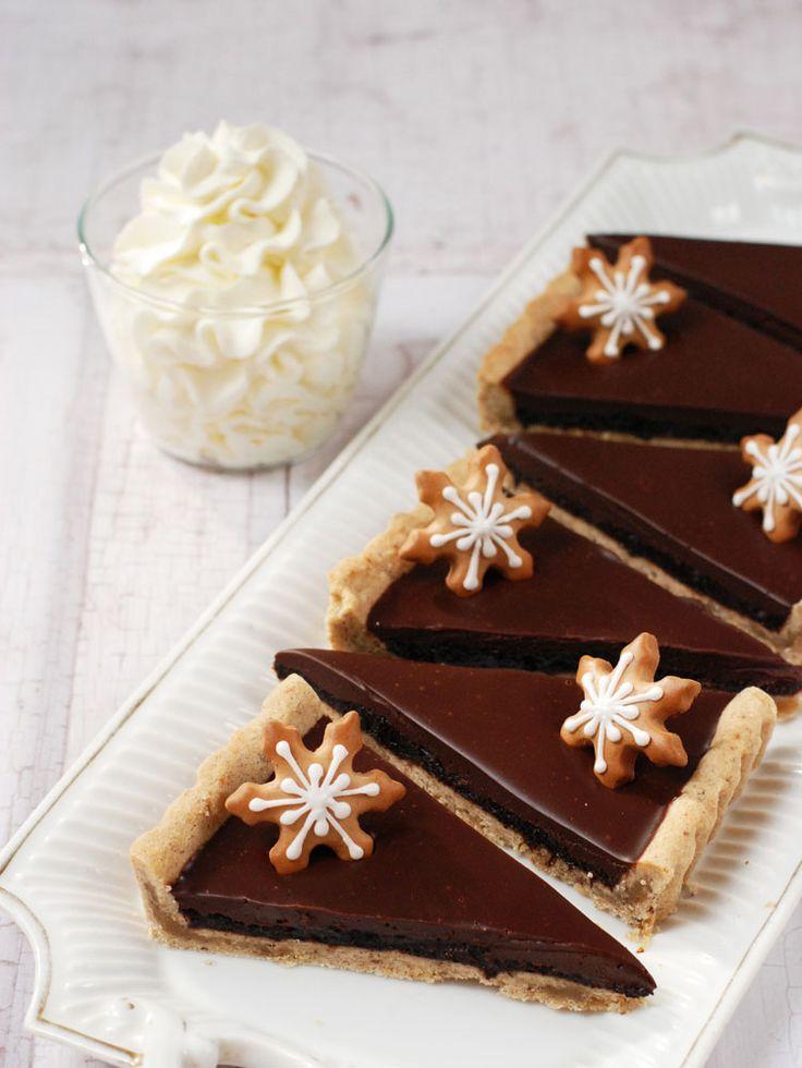 """Nagyon finom """"karácsony ízű"""" sütemény lett, és a kedvenc kivehető aljú piteformámban készült, ez utóbbiért köszönet a SütniFő..."""