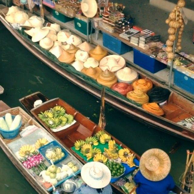 #floating#market#bangkok#thailandia#trip#boat#instagood#instamood#instatravel#ig_thailandia#ig_apuania#instavideo#enjoy
