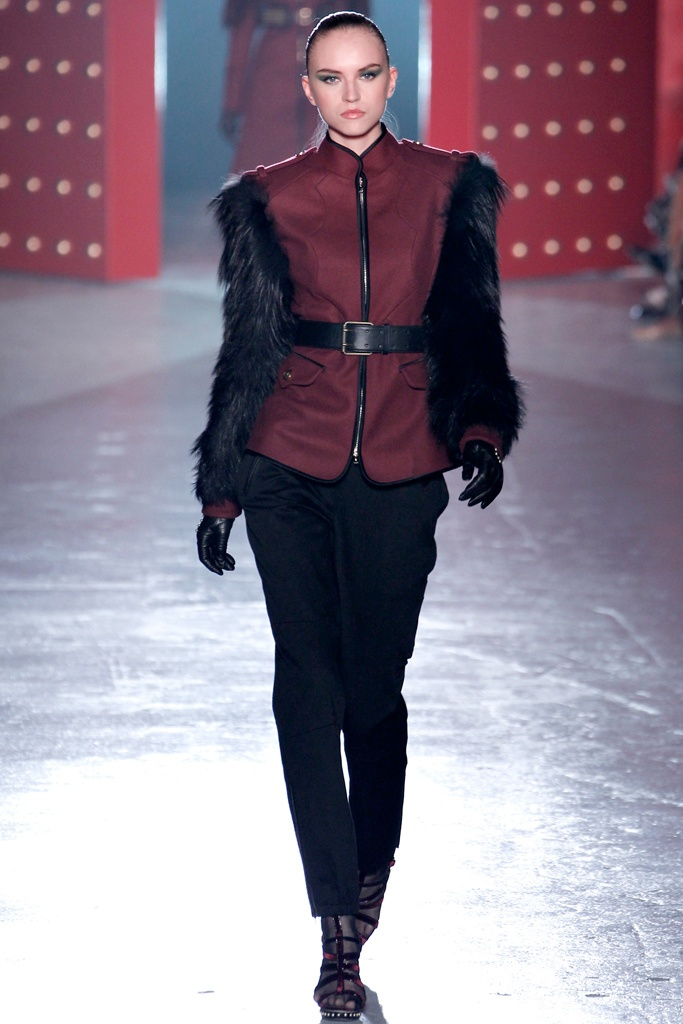 Jason Wu - A very modern way to wear fur!