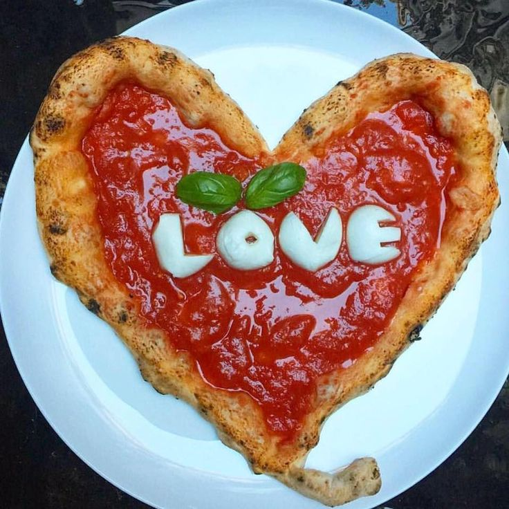 Pizza Love, a restaurant from Real Houswife of NJ star Kathy Wakile, is coming to Wyckoff according to a report from NJ.com. We know nothing about the show or other stars and their various business interests - this includes other restaurant and food business - lots of background is available in t