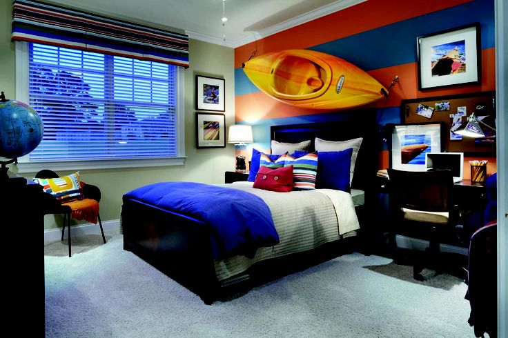 A canoe on a wall? Why not! What an interesting idea for an adventurous young man's bedroom! By Mattamy Carolinas