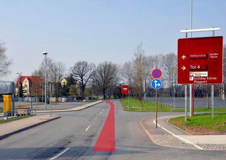 Flughafen Dresden Sparpreis Parken auf park-sleep-fly.net jederzeit mit Geld-zurück-Garantie buchen. Flughafen-Shuttle inklusive!