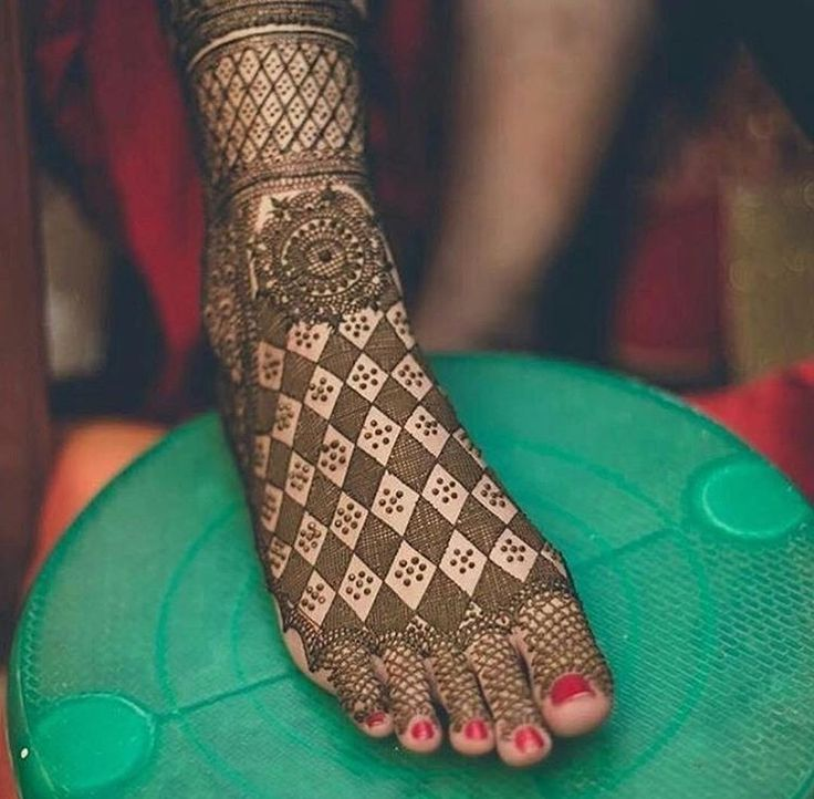 Beautiful Bridal Henna Art