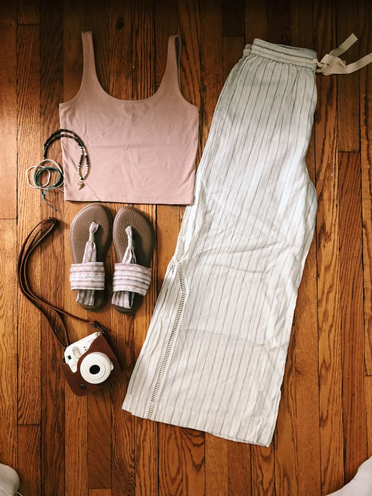 Fall Outfit Ideas: Minimalistic Fashion | Minimalist ...