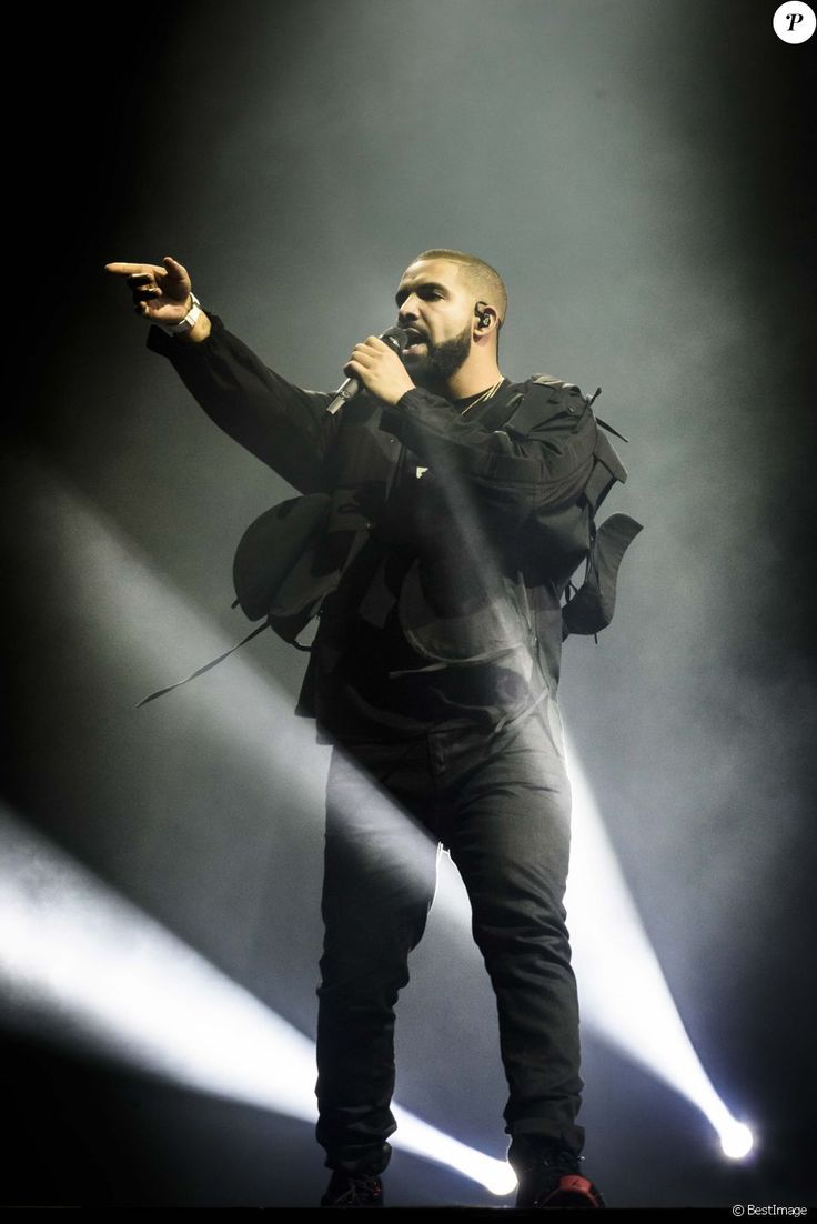Le rappeur Drake en concert au Air Canada Centre à Toronto. Le 31 juillet 2016