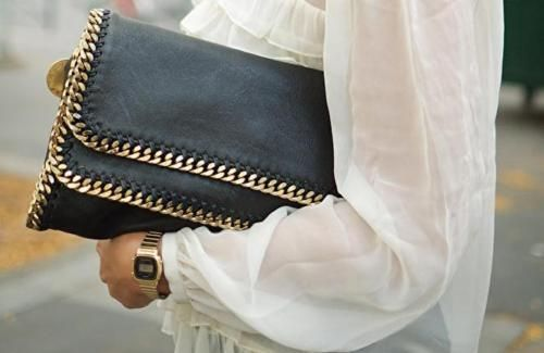 Clutch bag. Chain trim