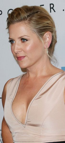 Jessica Capshaw Photos - Second Annual Baby2Baby Gala - Arrivals - Zimbio