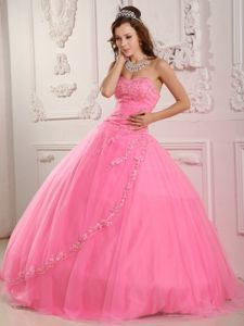 Classical Rose Pink Sweetheart Tulle Appliques Quinceanera Dress
