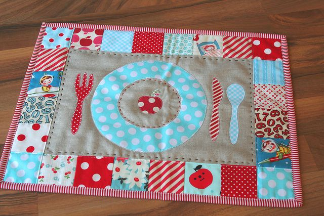 /// Apple patchwork placemat for kids!! #patchwork #handmade #placemat