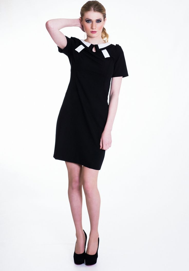 Am liking this stylish contrast collar dress. @Wear Eponymous via @SaleServant