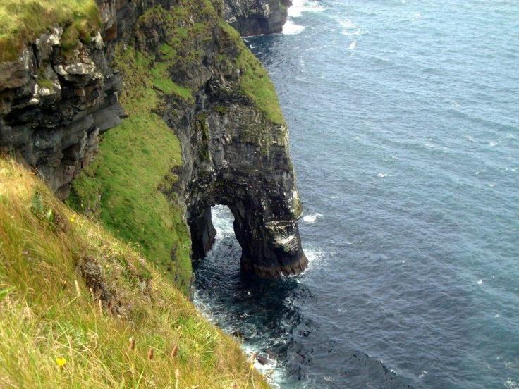 Hidden cove along the Cliffs of Moher