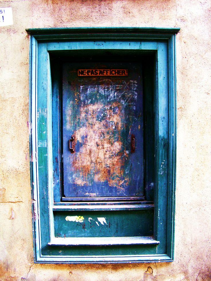 Door (c) Hugues Boucher