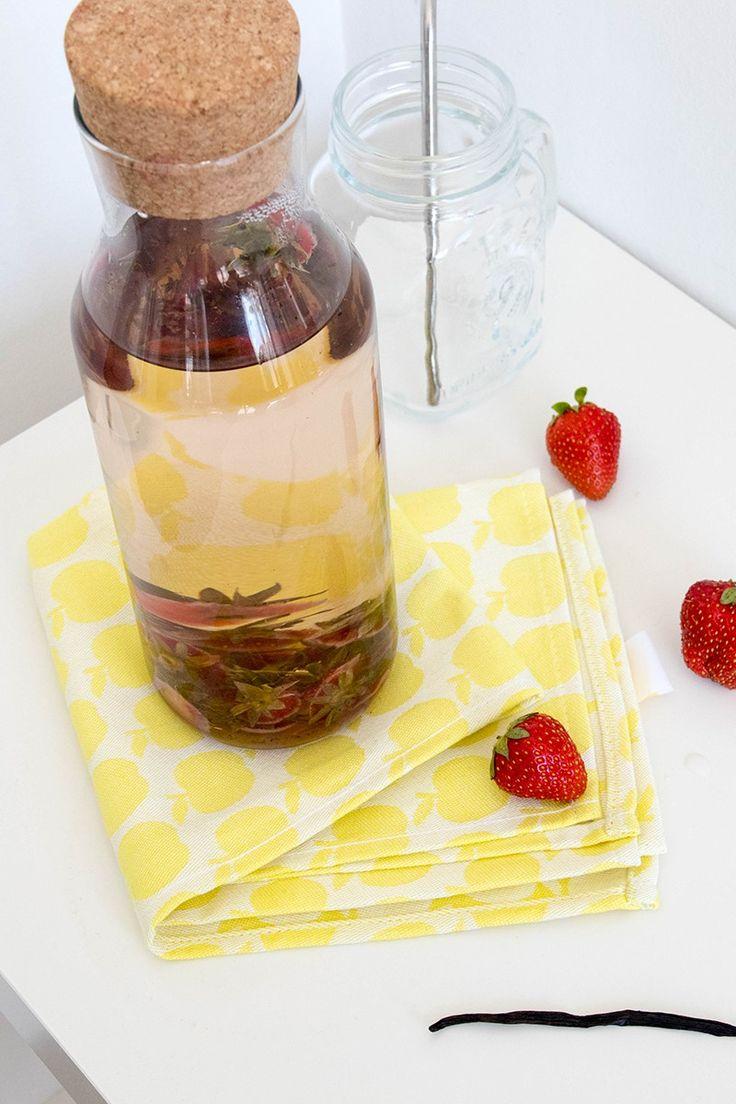 Eaux infusées : boisson rafraîchissante vanille fraise - Avril sur un fil