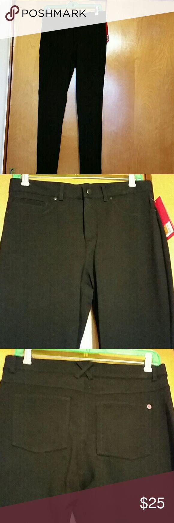 Spanx The Slim-X Pointe Super Skinny Pant Black Spanx The Slim-X Pointe Super Skinny Pant, size 29, NWT SPANX Pants Skinny