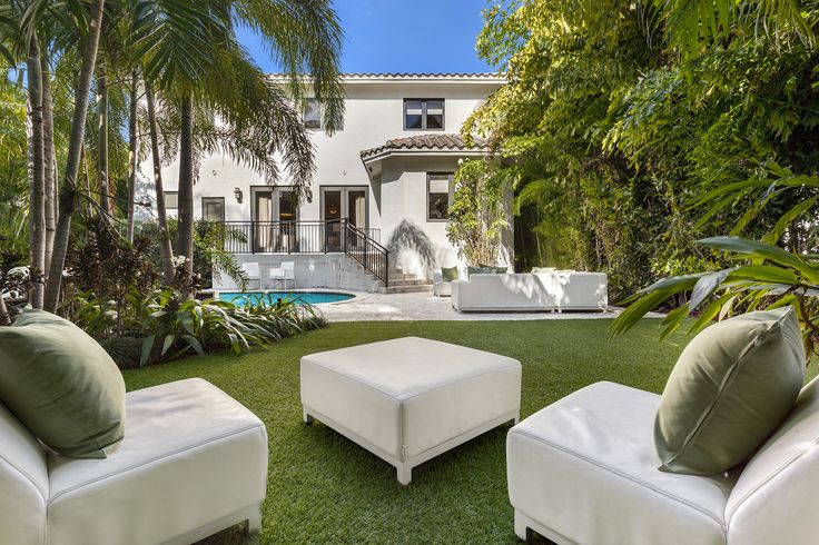 3015 N Bay Rd, Miami Beach $2,850,000 Old Spain meets modern and fun Miami Beach in this impeccably renovated two-story 5-bed/4-bath North Bay stunner. Brand new wide plank white oak floors, encaustic tiles, Restoration Hardware vanities. Gorgeous chef kitchen w/ Subzero & Wolf appliances. Huge master suite w/ sitting area. Resort style pool/patio area. 2-car garage. Walk to Sunset Harbor shops/restaurants. Contact Jon to show at (786) 877-6201 or www.jonmanngroup.com #jonmanngroup