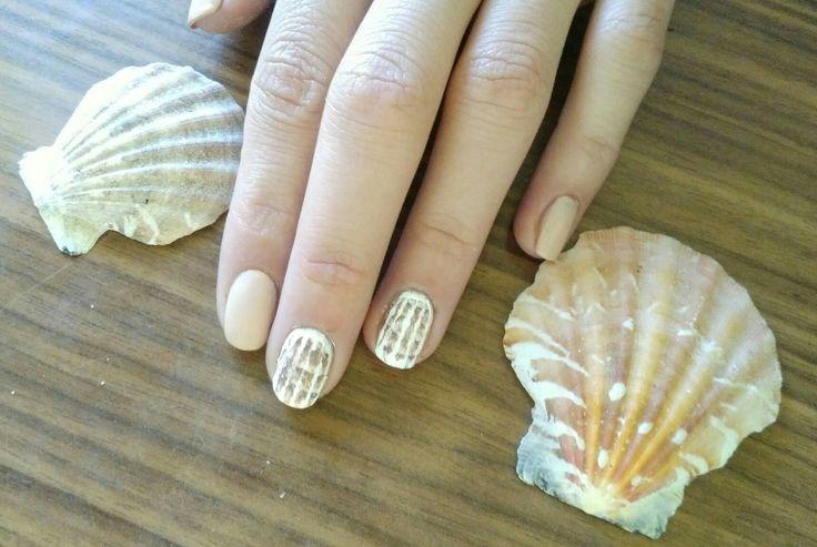 Shell nail texture.