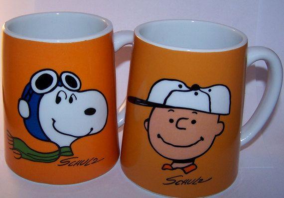 Vintage Peanuts 1971 Charlie Brown and Snoopy Mugs.. <3.<3