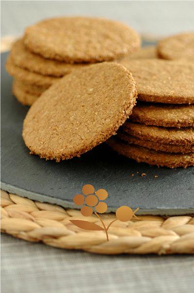 Des flocons d'avoine et du son de blé pour des bons, des très bons crackers sucrés !