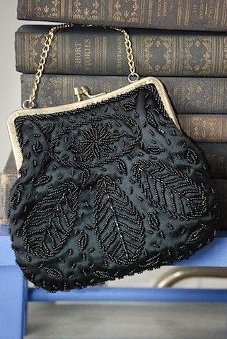 Vintage beaded mini - party purse black clutch