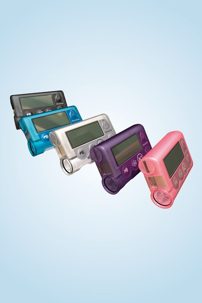Insulinpumpe MiniMed VEO mit der Möglichkeit zur kontinuierlichen Glukosemessung und automatischer Hypo-Abschaltung.