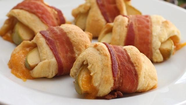 Bacon-wrapped Apple Cheddar Rolls