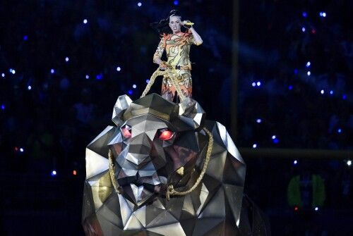 The Harlot riding the beast....why a Lion?....the Lion is the symbol of Judah....is this a mockery of Jesus bloodline....since Katy Perry has renounced her christain faith?....Illuminati is in your face...did you discern it?.....God help us!