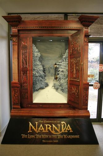 Narnia Display Google Search Storybook Haunted House