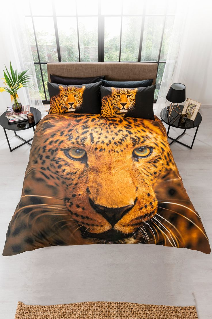 Step into the wild side with this beautiful Bold leopard bedding. Available in duvet sets (single with 1 pillowcase, double, king size and super king size with 2 pillowcases). 48% cotton, 52% polyester. Machine washable. FREE DELIVERY on orders over £50.
