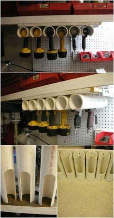 Akkuschrauber in der Garage sauber aufbewahren. Die PVC Rohre werden zugeschnitten und dann mit ein paar Schrauben unter dem Schrank befestigt. Schon ist der Schrauber immer Griffbereit und trotzdem herrscht keine Unordnung im Hobbykeller! #garage #ordnung #werkstatt