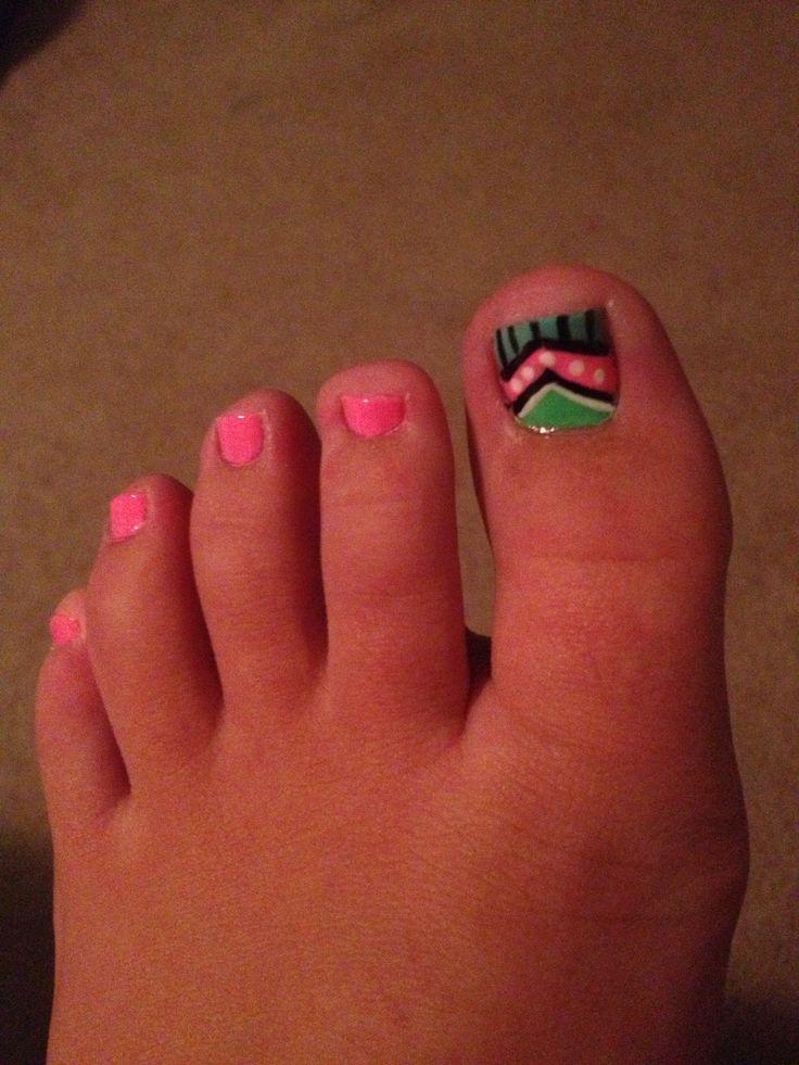 Aztec/tribal toe nails