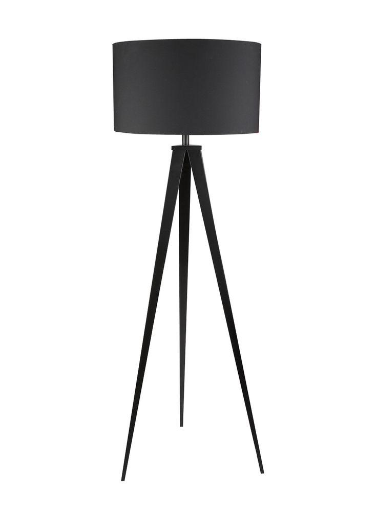 Vloerlamp Tripod met een gelakt frame met drie stevige poten en een stoffen lampenkap. De lamp is uitgevoerd met een snoer schakelaar.