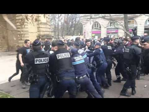 Frenchmen in Paris protest Muslim terror attacks - Liberals cheer, spit ...