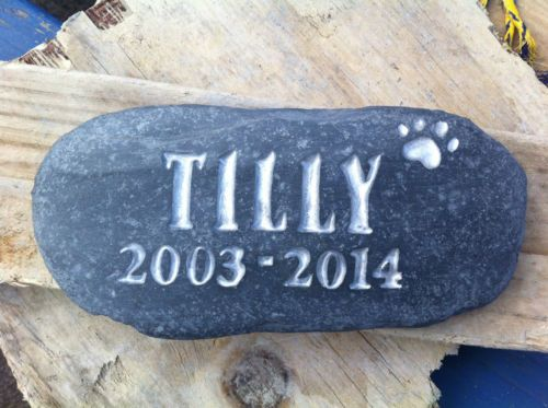 Pet Memorial stone, dog, Loved one personalised plaque, grave marker, with date - pets.goshoppins.c...