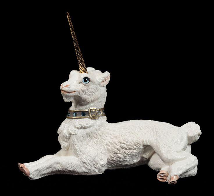 260 best Unicorn & Pegasus Fantasy Horse Figurines images on Pinterest | Animal statues, Dragon ... - photo#25