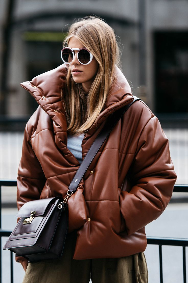 54c3f69a24 Pin by Katerina Morali on sTyLe!!!!   Fashion, Winter outfits, Best puffer  jacket