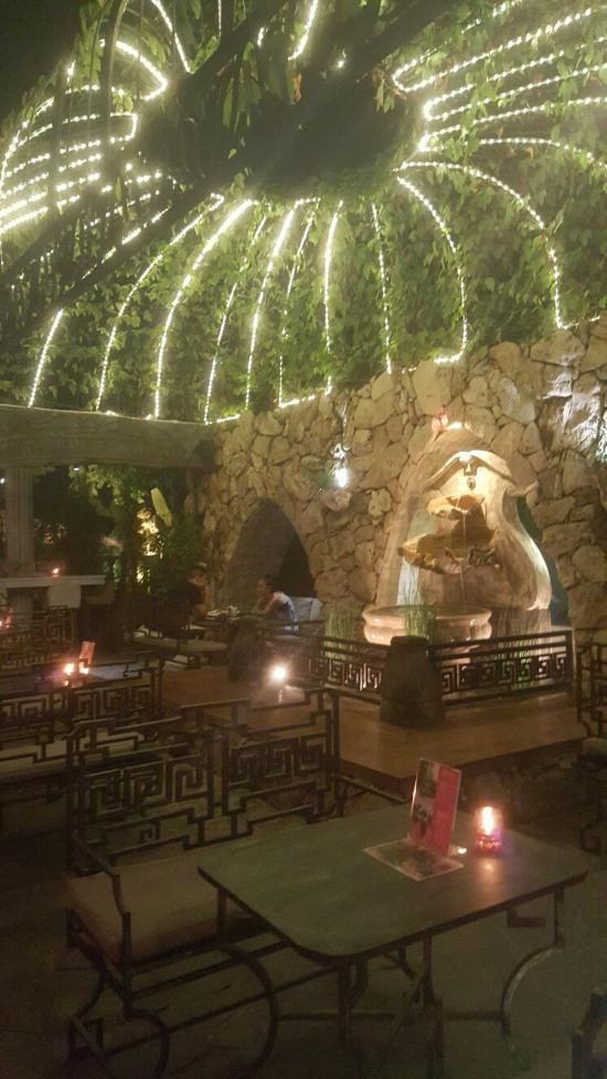 Slippery Stone, Kerobokan - Restaurant Reviews, Phone Number & Photos - TripAdvisor