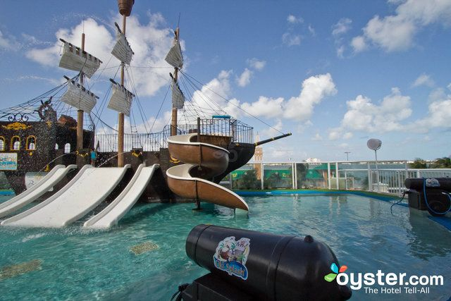 Oki Splash Water Park at the Gran Caribe Real Cancun