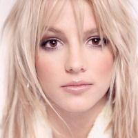 Blond haar en bruine ogen. Een top 10 van modellen en beroemdheden met blonde haren en bruine ogen. Britney Spears