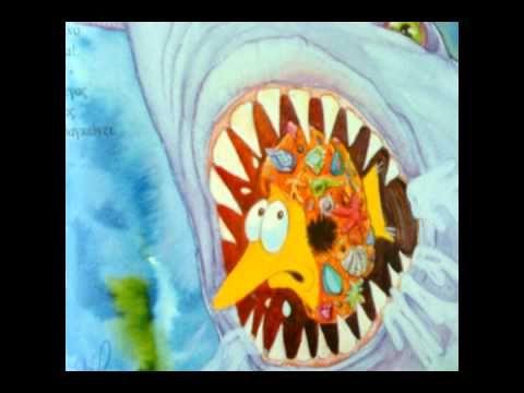 ▶ Ο τριγωνοψαρούλης εναντίον του μεγάλου καρχαρία - YouTube