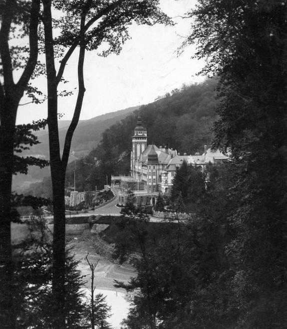 Palotaszálló (1932)