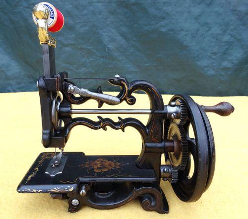 Antique Raymondweir Civil War Era Small Cast Iron Hand Crank Simple Vintage Hand Crank Sewing Machine