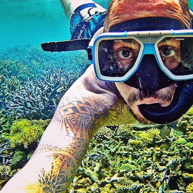 Dream. Believe. Do. Repeat. • #freedom #dream #coral #snorkeling #lifeisbeautiful #elnido #islandhopping #treasure #travelgram #vegan #blogger #philippines #soulsearching #seasia #seabackpacker #travel #backpacking #itsmorefuninthephilippines #travelling #diving #paradise #palawan #traversephilippines #liveyourdreams #digitalnomad #elputocardi #deepbluesea #worldnomads #wanderlust #backpacker_pics