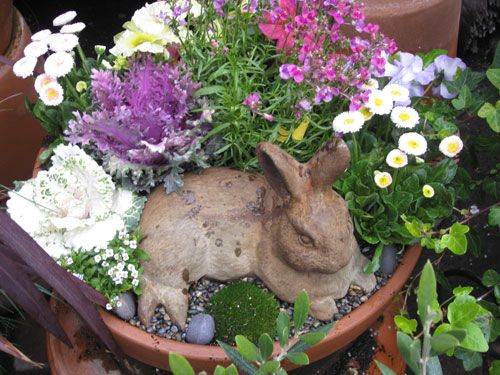 This is cute with the bunny in the frontBeautiful Flower, Gardens Ideas, Easter Planters, Cute Ideas, Google Search, Gardens Planters, Flower Pots, Bunnies Gardens, Planters Ideas