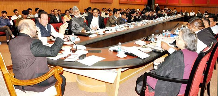 Minister for Health and Medical Education Bali Bhagat chairing Kishtwar DDB meeting.